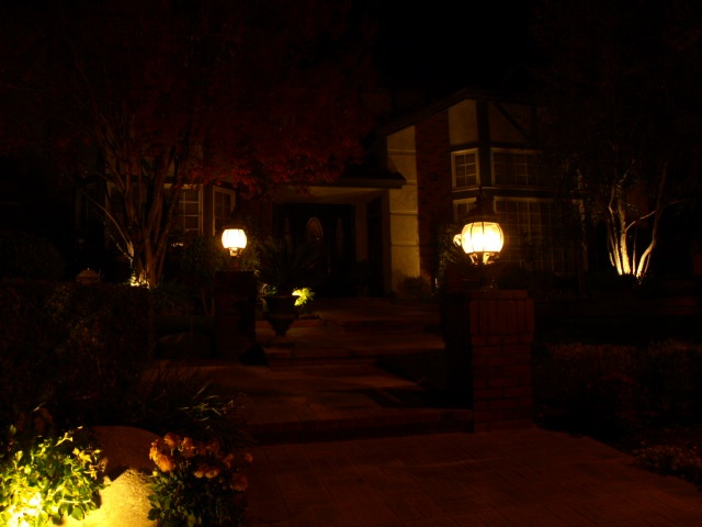 Dos Vientos Landscape Lighting Entrance